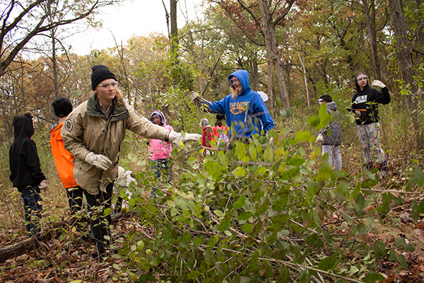 Join_the_Movement_to_Eradicate_Buckthorn_600x400